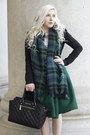 Black-quilted-michael-kors-bag-green-high-waisted-chicwish-skirt