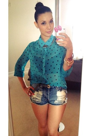 high waisted Nasty Gal shorts - aquamarine Forever 21 top - accessories