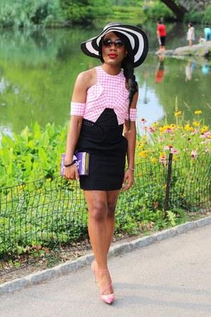bubble gum gingham Carven dress - deep purple book -clutch Olympia Le-Tan bag