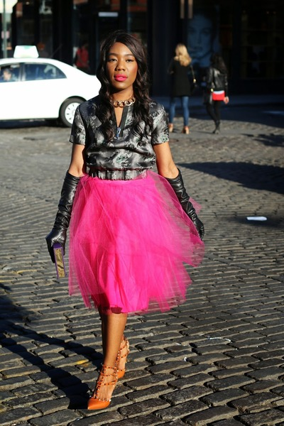 739fc232df Hot Pink Tulle Windsor Skirts, Bronze Kitten Valentino Shoes ...