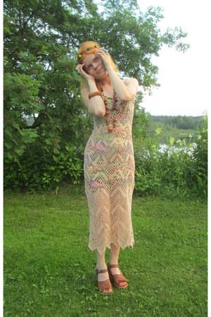tan thrifted vintage dress - crimson cotton new look dress