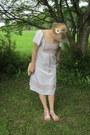 White-vintage-dress-cream-vintage-bag-white-thrifted-sandals
