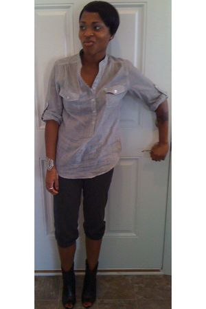 blue Forever 21 shirt - black Steve Madden Luxe shoes - gray Forever 21 pants
