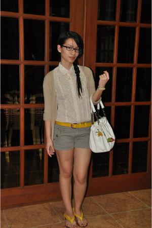 beige Mango sweater - white CMG bag - heather gray Promod shorts - yellow Schu f