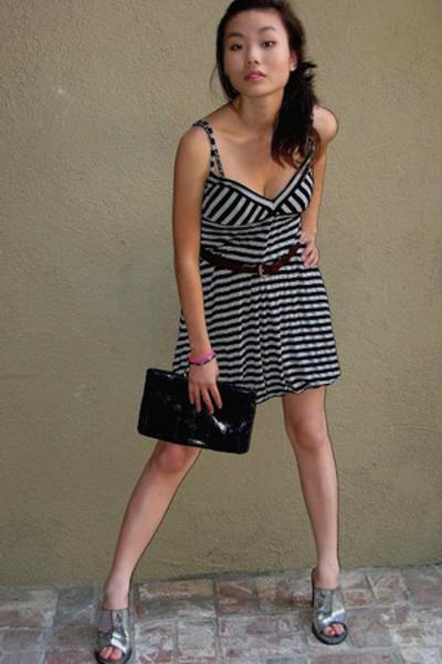 Urban Outfitters dress - Guess belt - Four Seasons purse - BCBG shoes
