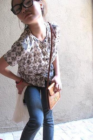 blouse - Guess belt - MCM purse - Stefanel scarf - forever 21 jeans