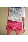 Salmon-coral-shorts-thrifted-vintage-shorts-steve-madden-shoes