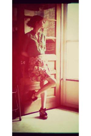 green bcbg max azria blouse - cream cotton xhilaration skirt - Wanted wedges