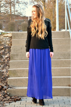 no name skirt - black and gold H&M boots