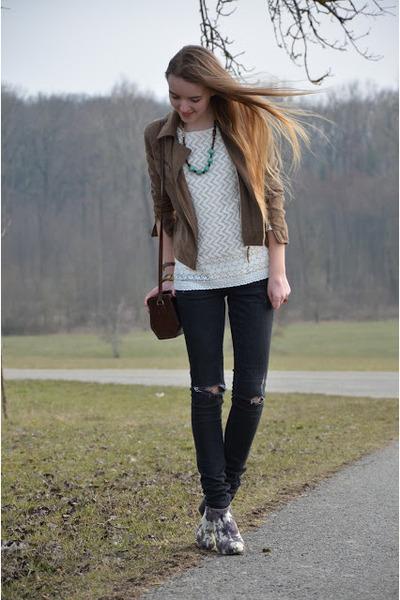 Lace Mango Shirts, Floral H&M Shoes, Vintage Bags ...