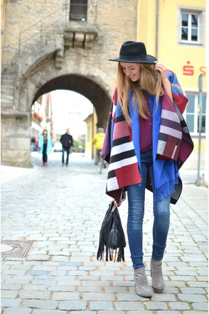 poncho Primark cape - grey Jeffrey Campbell boots - the Sting jeans - H&M hat