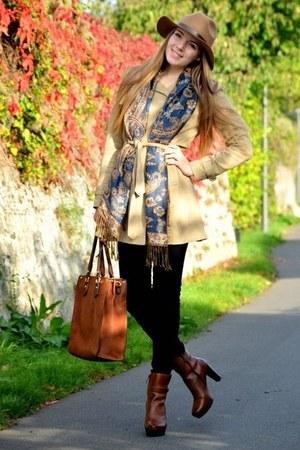trench coat Vero Moda jacket - H&M hat - brown CCC bag - brown CCC heels