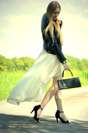 asymmterical new look skirt - black and gold vintage bag