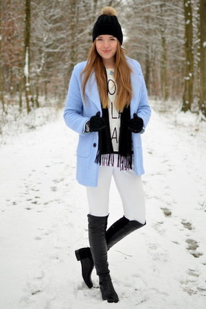 blue minitakecom coat - overknee stuart weitzman boots - white REPLAY jeans