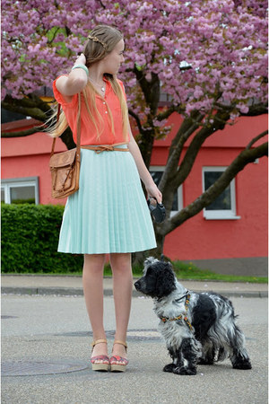 H&amp;M skirt - coral c&amp;a shirt - vintage bag