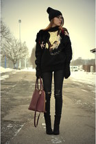 gold vintage sweater - black H&M boots - oxblood credi bag