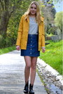 Rainboots-lidl-shoes-yellow-only-coat-striped-only-shirt-denim-h-m-skirt
