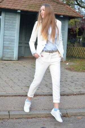 white Reebok sneakers - Zara shirt - white Pimkie pants