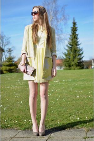 Mohito dress - Zara coat - deich heels
