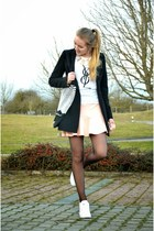 yolo yolo originals shirt - pink Pimkie skirt - white defshop sneakers