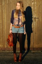 JollyChic shirt - brown Deichmann boots - bagpack JollyChic bag