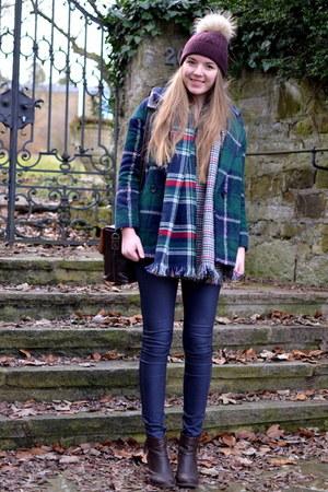 minitakecom jacket - THE MERCEY NY hat - checked fashion5 scarf