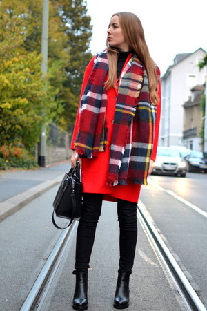 red Selected coat - maxi Primark scarf - black Zara bag