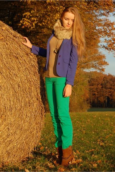 blue Primark blazer - Deichmann boots - faux fur Primark scarf