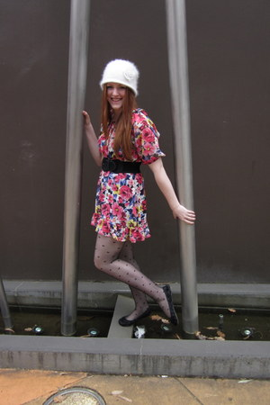 floral Forever 21 dress - ngora Forever New hat - heart Forever New tights - flo