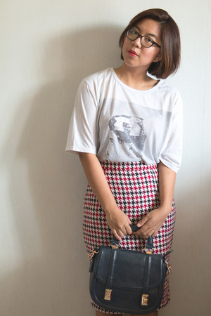 pencil skirt The Goods Dept skirt - off white charlie chaplin online shirt