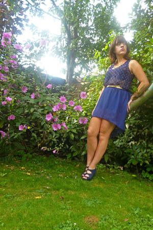 Etsy skirt - blue crossover Newlook heels - Topshop vest - Primark belt