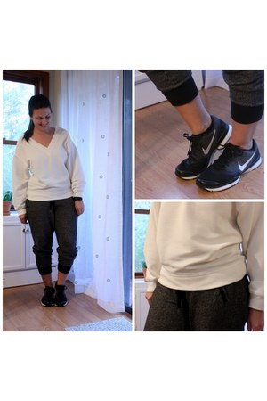 white H&M sweatshirt - gray Old Navy pants - black nike sneakers