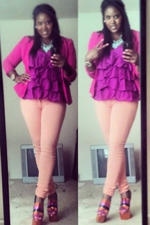 hot pink cotton thrifted blazer - light orange skinny Levi jeans