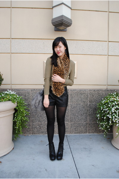 leopard fur H&amp;M scarf - platform Deena &amp; Ozzy boots - J Crew shirt
