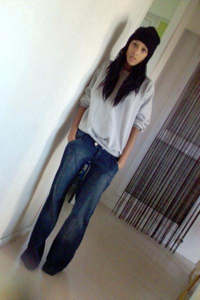 Bershka jeans -  sweater - H&M hat