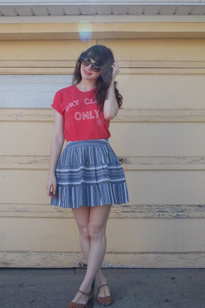 blue striped Joa skirt - brown DV Dolce Vita sandals