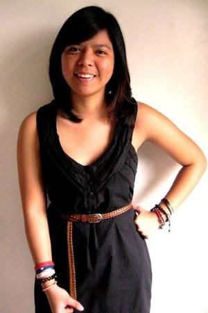 black Topshop dress - tawny Celine belt