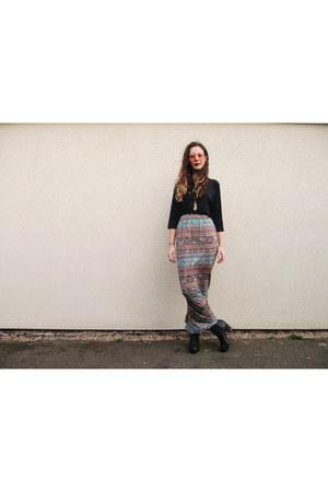 maxi Jessthetics skirt - heeled chelsea new look boots - navy vintage shirt