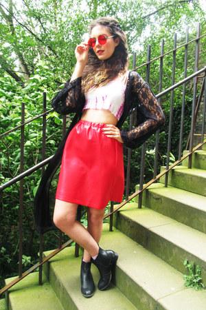 red lavish alice glasses - chelsea new look boots - lace vintage Rokit coat