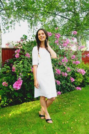 White Tree Fabrics dress - new look sandals