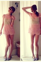bubble gum pink lace top vintage shirt - light pink American Apparel shorts