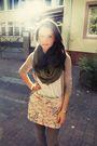 Beige-primark-skirt-green-topshop-scarf