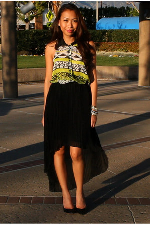 black mono B skirt