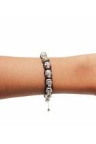 silver unbranded bracelet