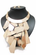 Gold-unbranded-necklace