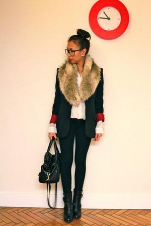 buckle boots BCBG boots - faux fur H&M scarf