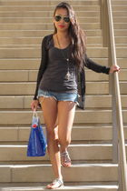gray H&M top - blue Lucky Brand shorts - black Chinese Laundry