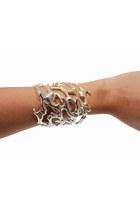 gold unbranded bracelet