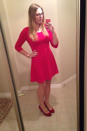 red Old Navy dress - red heels