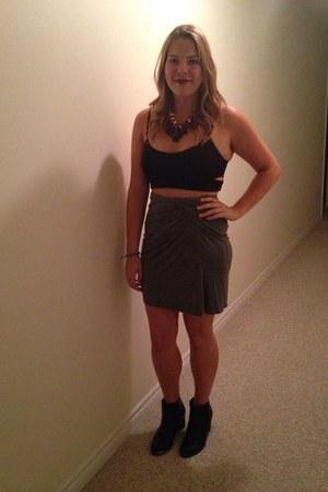 black Ardene shirt - heather gray Marshalls skirt